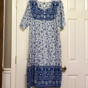 Dresses & Skirts - Smock dress